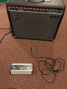 Fender deluxe 85 electric guitar amp
