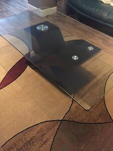 Living room table - table de salon