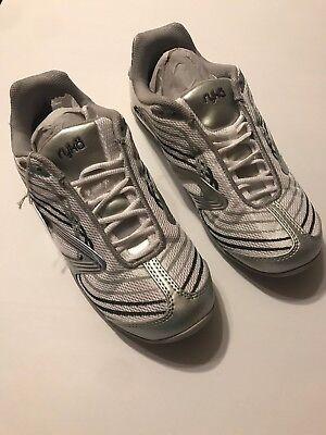 Ryka Womens Studio (RYKA Womens Studio D Xt Silver Cross Training Shoes SZ 9.5 M NEW)