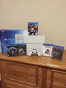 PS4 White 500gb Bundle