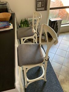 NEED GONE THIS WEEKEND Set of 2 bar stools