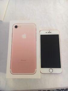 iPhone 7 Unlocked 32GB **NOT A SINGLE MARK**