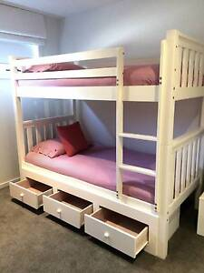 HAMPTONS STYLE WHITE TIMBER BUNK w STORAGE. INC BEDS & LINEN Scoresby Knox Area Preview