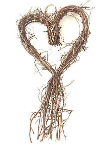 GISELA GRAHAM LARGE HEART TWIG WREATH HANGING DECORATION 58cm