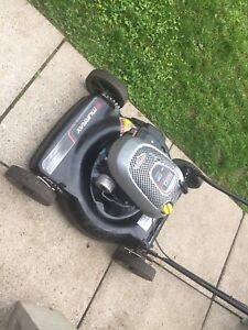Lawn Mower Briggs & Stratton For Parts Only $35