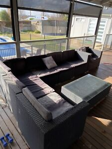 Outdoor wicker lounge - 7 seater coffee table