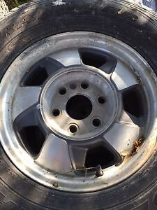 "Chevy/GMC 16"" rims with  Chevy Center pieces"