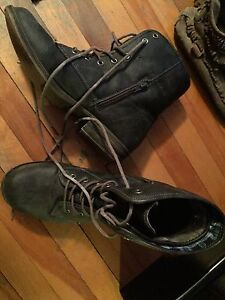 WOMENS COMBAT BOOTS SIZE 9