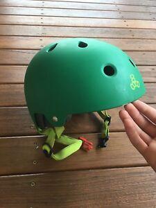 TRIPLE EIGHT, mountain bike/skateboard/BMX helmet (size 55-58cm)