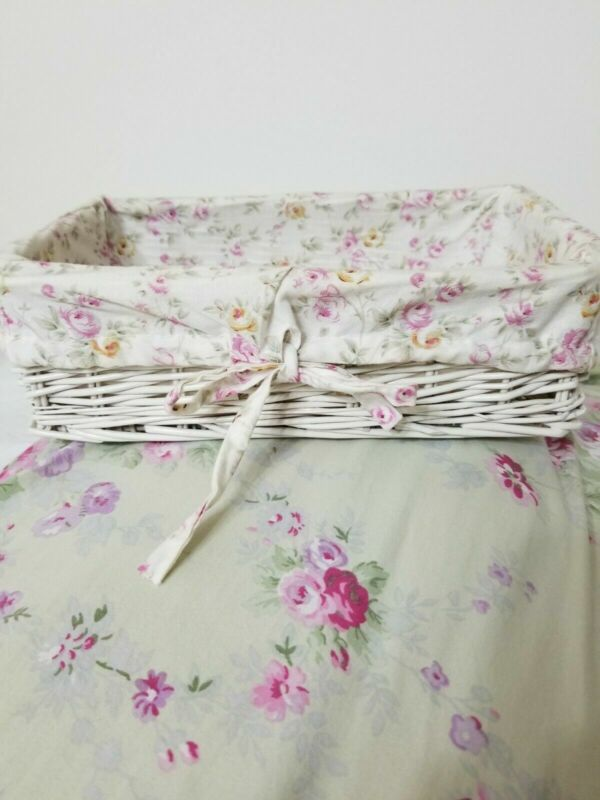 Simply Shabby Chic Small Wicker Basket vintage