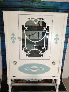 Custom Vintage & Antique Furniture