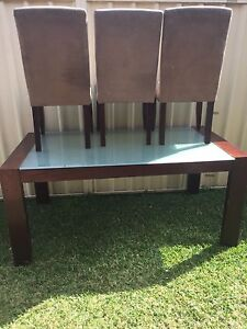 Dining table and 3x chairs Glendenning Blacktown Area Preview