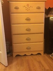 Twin bed and matching dresser