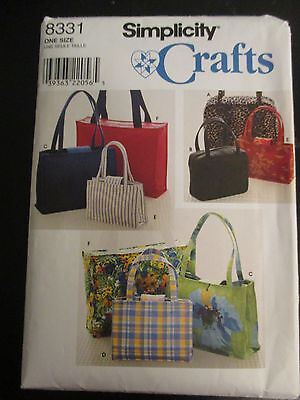 SIMPLICITY SEWING PATTERN~8331~UNCUT~ACCESSORIES~TOTES & PURSES~2 or 3 SIZES