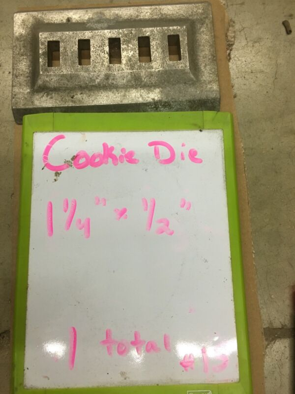 """Triumph Magna Cookie Depositor Die """"15"""""""
