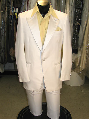 COSTUME WHITE TUXEDO MENS 35R VINTAGE TUX GREAT FOR HALLOWEEN-PARTY