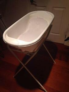 Baby bath for sale. Frenchs Forest Warringah Area Preview