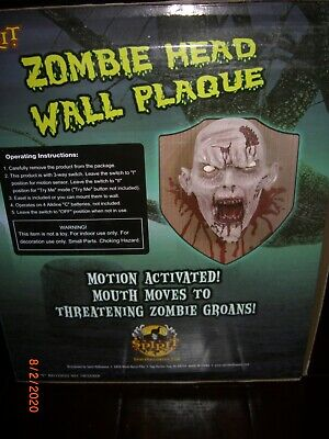 RARE Mounted ZOMBIE HEAD WALL PLAQUE Spirit Halloween Prop Animated w/ Sound