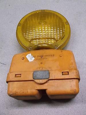 Work Safe Supply Model 410 Flashing Construction Safety Barricade Light 616-531-