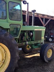 4520 JD Tractor