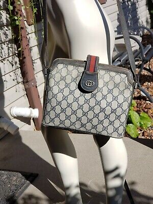 Vintage Navy Gucci Cross body or over the shoulder bag - Authentic!!