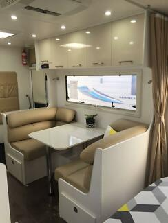 2017 New Age Manta Ray 19ft Ensuite Rear Entry Youngtown Launceston Area Preview