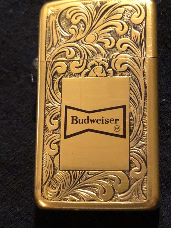 VINTAGE BUDWEISER PARK LIGHTER GOLD ENGRAVED SCROLL W/ ADVERTISING See Pictures