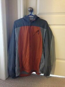Men's Large Columbia jacket