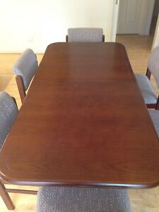 Dining Table, extendable and 6 chairs, Vintage 80s, VGC Carrum Downs Frankston Area Preview