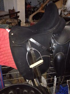 Euro sport dressage saddle Albany 6330 Albany Area Preview