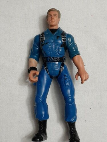 Independence Day President Whitmore 5.5in. Action Figure Trendmasters 1996 - $1.99