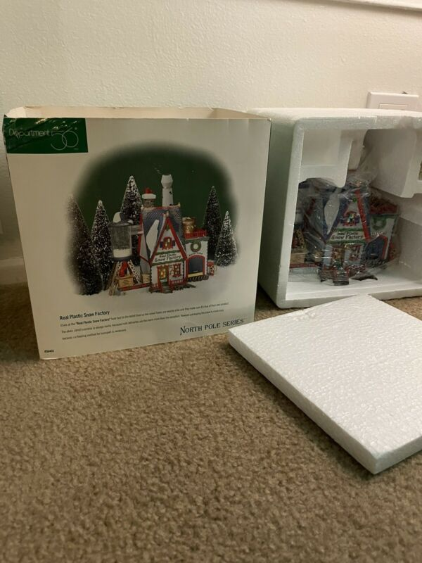 Dept 56 North Pole Series Real Plastic Snow Factory Mint