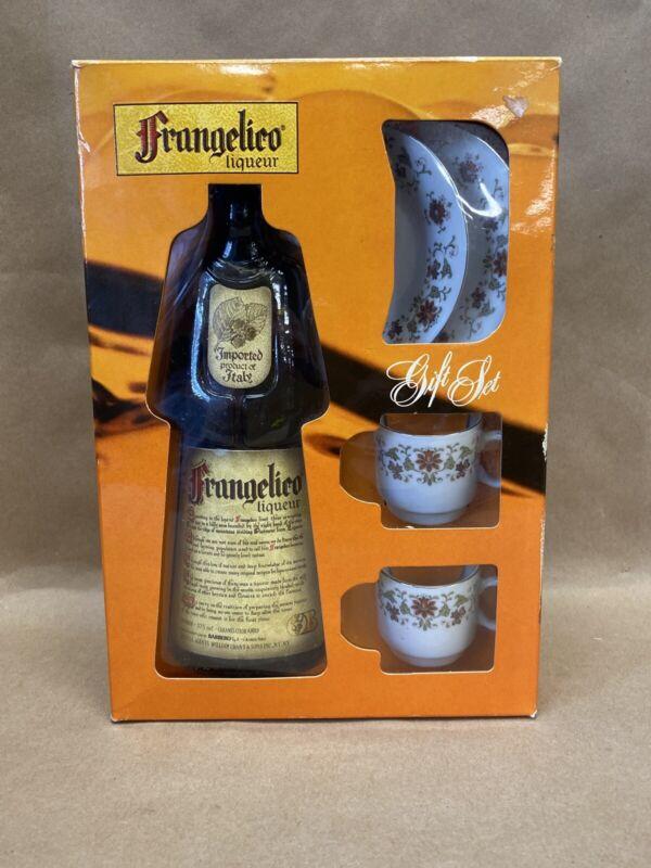 VINTAGE FRANGELICO LIQUEUR BOTTLE GIFT SET-PRODUCT OF ITALY-RARE !! Bottle Empty