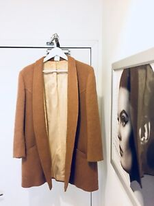 VINTAGE BALMAIN CAMEL WOOL COAT WOMENS SIZE MEDIUM
