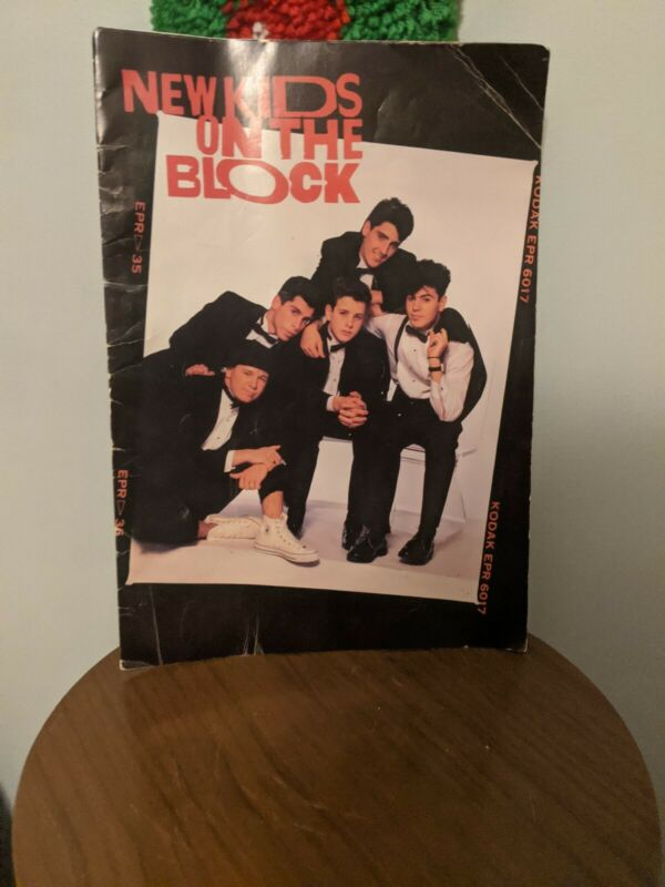 New Kids On The Block Poster Book - Vintage 80