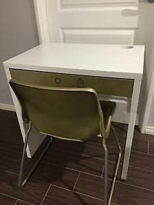Student Desk White with Chair Sinagra Wanneroo Area Preview