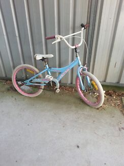 Free girls bike Mayfield East Newcastle Area Preview