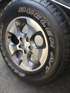 5 JEEP WRANGLER WHEELS AND TIRES NEW