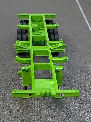 1/64 DCP LIME GREEN 40' TRI AXLE CONTAINER TRAILER 2