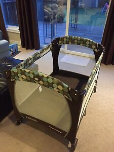 Pack 'n Play® Playard with Newborn Napper® Station