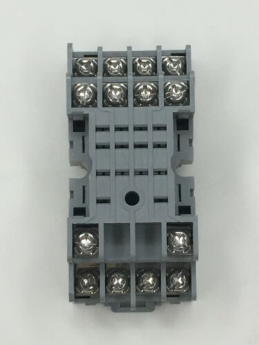 Idec SY4S-05 Relay socket *NEW* For 4PDT Relay