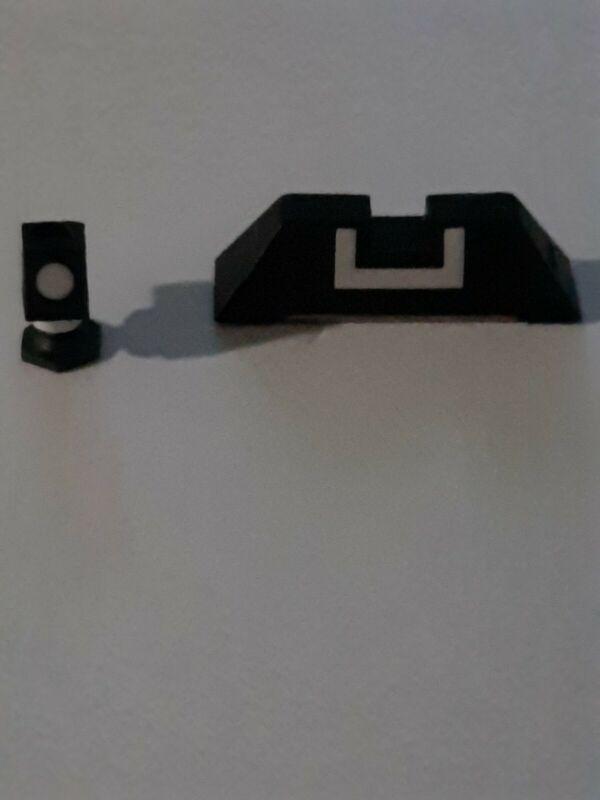 Glock 19 Factory Sights