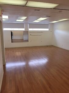 1 large 550 square ft office space available