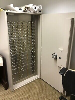 Amsec Tl15 Bank Safe - Rh With Safe Deposit Box Inserts. Mint Condition