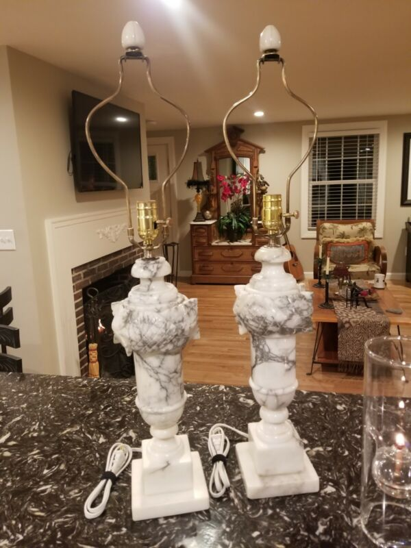 Gorgeous Pair Of Vintage Italian Alabaster Lamps W/ Original Harps And Finials