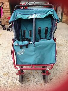 MOUNTAIN SPORT BUGGY 2 OR 3 SEATER PRAM WITH DETACHABLE JOEY SEAT Warwick Southern Downs Preview