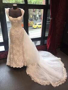 Preloved Connie Simonetti Wedding Dress detachable train size8 Melbourne CBD Melbourne City Preview