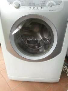 Ariston AQXXL109 Front Load Washer, 8kg, excellent condition