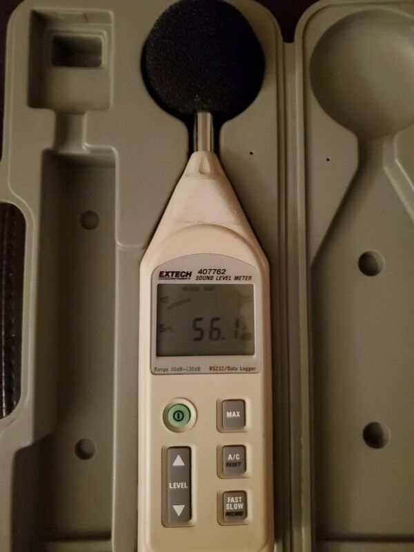 EXTECH 407762 SOUND LEVEL METER -RS-232/DATALOGGER - used