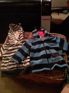Boys size 00 hoodies Eagle Vale Campbelltown Area Preview